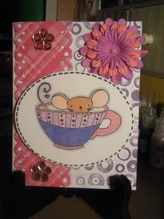 Mouse_in_cup_004